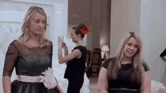 """53 Things That Happen On Every """"Say Yes To The Dress"""" Episode"""