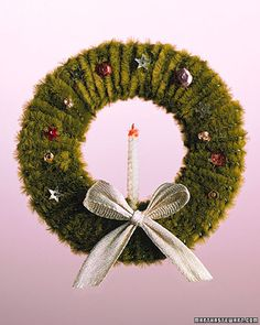 Pipe-Cleaner Wreath