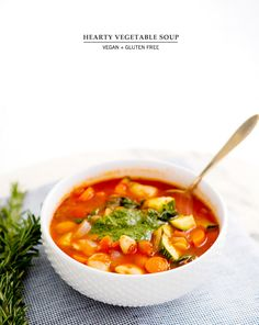 HEARTY VEGETABLESOUP