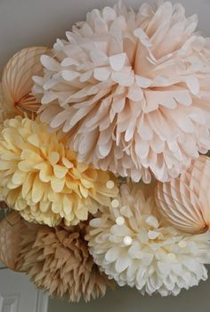 DIY Pom-poms Looks so easy and could be used any party!