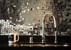 Glamorous kitchen backsplash