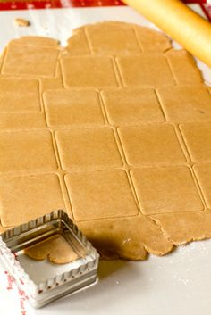 Homemade Graham Crackers- I just may do this because they are loaded with junk, and the organic ones suck.