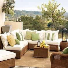 Outdoor furniture idea. Its time to spruce up your outdoor space! #outdoordecor #outdoorfurniture