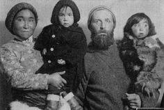 Peter Freuchen with Navarana Mequpaluk and their children