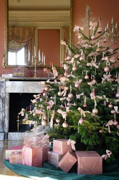 Pink is the hot new favorite for Christmas decorations. Use jewel tones to set your pink Christmas decorations apart from the pastel pinks of Spring.