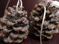 Glittery pinecone ornaments-buy at after xmas sale for next year-seems very easy