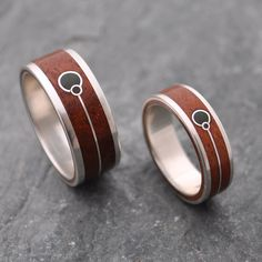 Union Verde - Wood Ring with Union Symbol and Green Stone