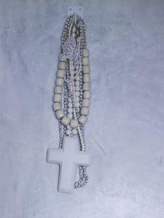 Piet Boon Styling by Karin Meyn | Ton sur ton necklace white cross