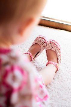 Ravelry: Molly Summer Slippers pattern by Tara Murray.