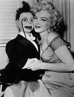 Marilyn with 'Charlie McCarthy' (1952)