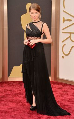 Anna Kendrick looks amazing in J. Mendel. Love her Oscars look!