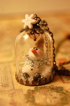 Dome Snowman Necklace by CreativeLatinas on Etsy, $28.00