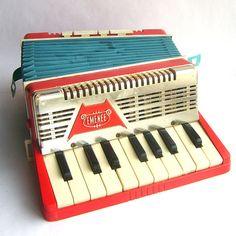 vintage toy accordian