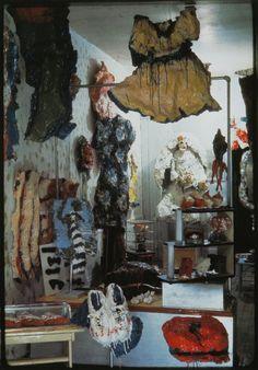 Claes Oldenburg, The Store, 1961  Begin van nieuwe omgang met moderne kunst; dit was een soort manifest voor hele generatie kunstenaars