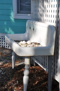 outdoor sink for rinsing treasures