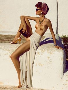 I would love to look that classy on a beach