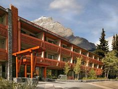 Banff Aspen Lodge... booked!