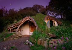 Hobbit style Eco house in Wales