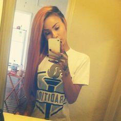 Hair color, hair length, hand tattoos
