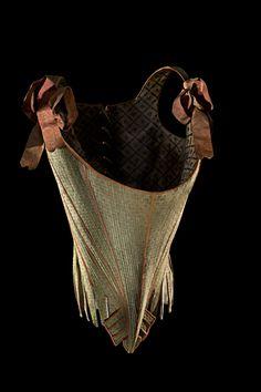 Whalebone body, circa 1770-80. Museum of Decorative Arts in The Louvre.