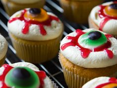Eyeball Cupcakes!