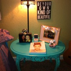 Cute end table idea for a teenage girls room. Just did this for Kendall's room. coffee tables, teenage girl room, ideas for a teenage girls room, end tables, tabl idea, bedroom teenager, girl rooms, teenage room ideas, teen room
