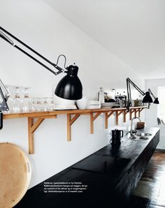 Kitchen - great shelves