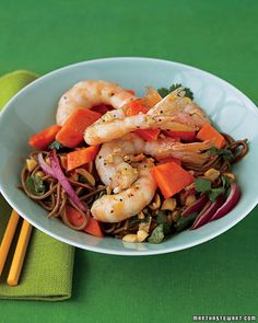 Papaya, Shrimp, and Soba Salad by marthastewart #Salad #Healthy Papaya #Shrimp