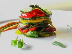 Excalibur Dehydrator Raw Food Recipes. Marie-Claire Hermans & Ravishing Raw 's Vegan Lasagne Stacks / Mille Feuilles. This tastes like cooked lasagne and is AMAZING! NOT to be missed! YUMMO!