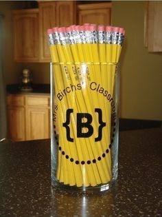 Personalized pencil jar decal
