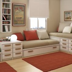 trundle in drawer space under bed for small room/grandkids