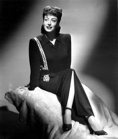 Joan Crawford 1943 photo by Hurrell