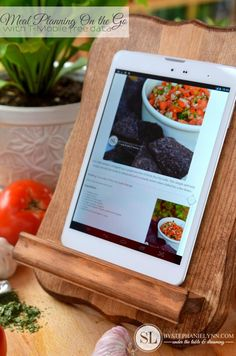 Meal Planning on the Go | with online recipe organizer app #TabletTrio #shop #CollectiveBias