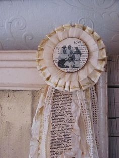 You'll take first prize when you make one of these #medallions! #crafts