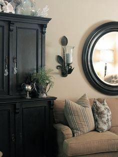 wall colors, interior, living rooms, flea market decorating, flea market finds, flea markets, design idea, black furniture, flea market style