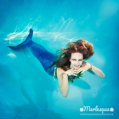 Mermaid Lorelei of the Merlesque mermaids in the UK, underwater. Find out more about the Merlesque mermaids at: http://www.realmermaids.co.uk