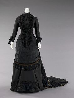 Dinner dress, 1880, Spanish - the MET