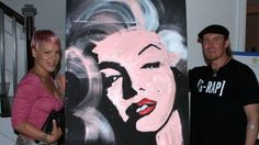Celebrity-favorite artist Erik Wahl pulled of another incredible graffiti art performance in front of celebrity guests, including pop star Pink and her husband Carey Hart, benefiting Linda's Voice in Brentwood on Saturday evening. http://ht.ly/aByx5