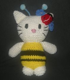 crocheted hello kitty