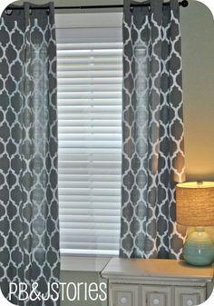 45 diy painted curtains - via Remodelaholic