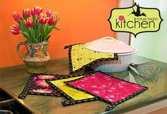Kitchen: Quilted Hot Pads