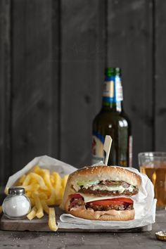 Playing pool makes me want a burger!  #instamburger