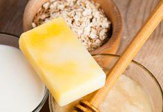 Recipe and tutorial for cold process Crisco soap. -Tentance