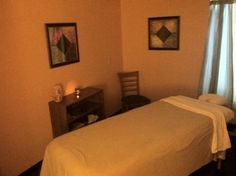 #Massage Room. So simple and peaceful! Very few visual distractions equals very calming environment.