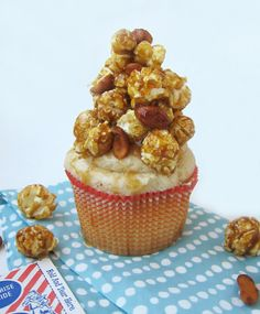 cracker jack baseball cupcake recipe