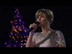 "Jennifer Nettles - ""Christmas Time is Here"""
