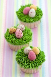 Easter cupcakes for a Just Hatched baby shower. Pinned for BabyBump, the #1 mobile pregnancy tracker with the built-in community for support and sharing.