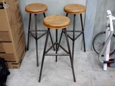 tabouret bar on pinterest industrial bar stools stools and bar stools. Black Bedroom Furniture Sets. Home Design Ideas