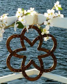 horsesho flower, wall hangings, horseshoe wedding decorations, horseshoe art, horseshoe crafts