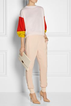Stella McCartney | Color-block cashmere sweater | Stella McCartney|Julia stretch-cady track pants | Gianvito Rossi | Leather pumps | Stella McCartney | Faux leather clutch |